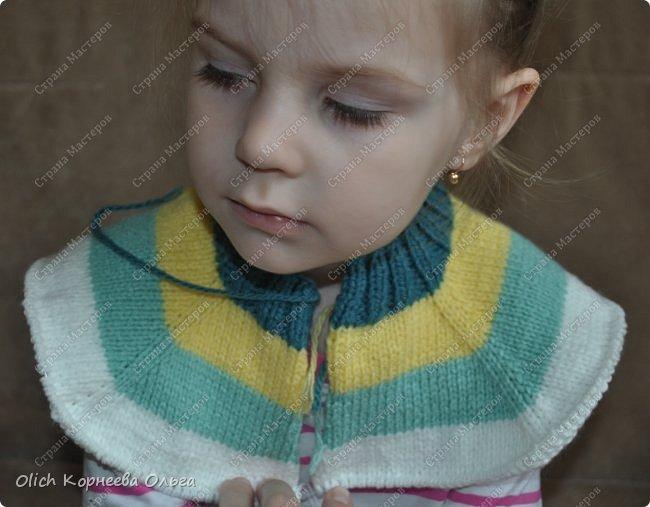 Здравствуйте. Сегодня хочу поделиться с вами моим опытом вязания детской кофты с рукавом реглан. Для тех, кто не умеет вязать или имеет небольшой опыт в вязании, скажу сразу, что я только осваиваю вязание. Поэтому и выбрала этот простой способ расчета петель и вязания кофты. Кроме того изделия для детей вязать быстрее и легче. Я постараюсь максимально подробно рассказать и показать как связать подобную кофту. Я вязала для младшей дочки, но данная модель подойдет и мальчишке. Поэтому кто еще сомневается в своих силах. откиньте все сомнения, берите в руки спицы и начинайте вязать.  фото 15