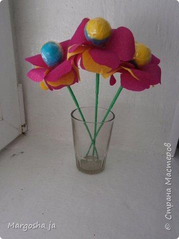 цветочки из чупа-чупсов