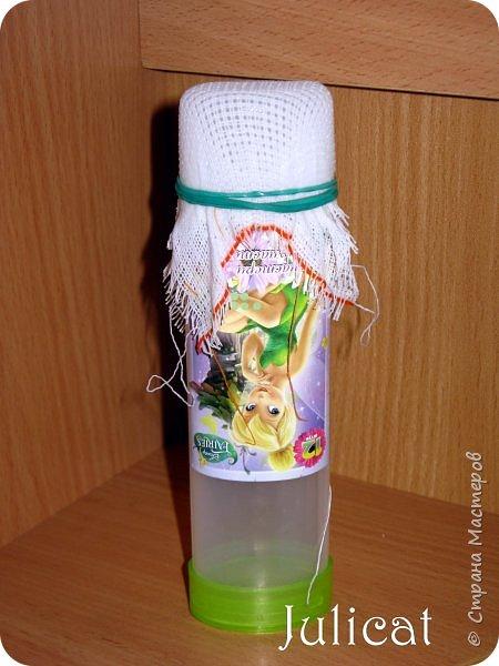 Приветствую Вас, дорогие жители и гости Страны Мастеров! Сегодня покажу вам небольшой и не сложный МК летней кукольной сумочки, или в моем случае  - сумочки для Мишутки Даринки (кто еще не знаком с ней, прошу посетить предыдущие мои темы про кукольный домик для Мишутки).  Идея родилась спонтанно, после случайной встречи на просторах инета с вот такой кукольной корзинкой для малыша http://www.liveinternet.ru/users/dred12/post235826079.  фото 8