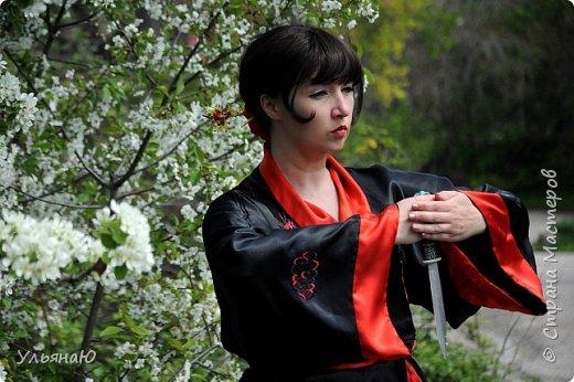 """Всем прекрасного настроения, СТРАНА!!! Продолжая серию """"Костюмы и образы своими руками или занятие для души"""" представляю вам новый образ - Китайская народная культура. Этот образ я придумала для своей сестрички Ксюши. Сначала хотела фотосет устроить в персиковом саду, но как всегда - то дождь, то все заняты, а ехать на машине 2 часа. Поэтому решили найти, что-то поближе и вот в 5 ти минутах ходьбы от дома цветущая вишня - тоже, красавица. фото 17"""