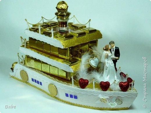 Здравствуйте, Мастера и Мастерицы! После длительного перерыва решилась на свадебную композицию. Корабль уже делала, решила попробовать яхту...Вот что получилось...