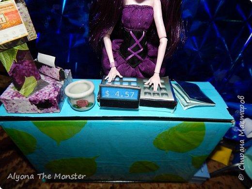 """Всем привет! Сегодня я сдаю работу на конкурс """"День кукольной красоты"""". Конечно, я не выиграю, но мне интересно принять участие! *** Недавно я сделала кукольный салон красоты. В последнее время многие делают домики - трансформеры, складные домики. И я в их числе. фото 7"""