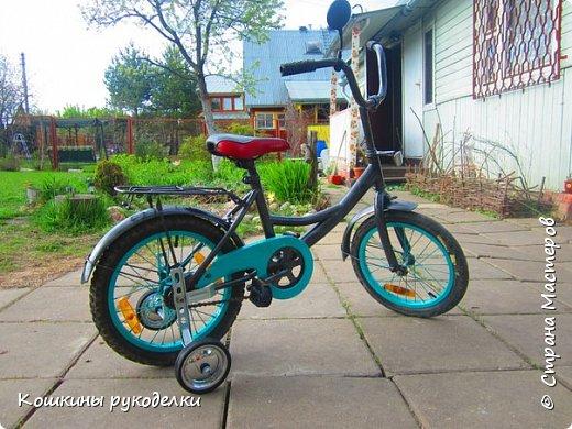 К сожалению, так увлеклась процессом, что не сфотографировала велосипед перед покраской...