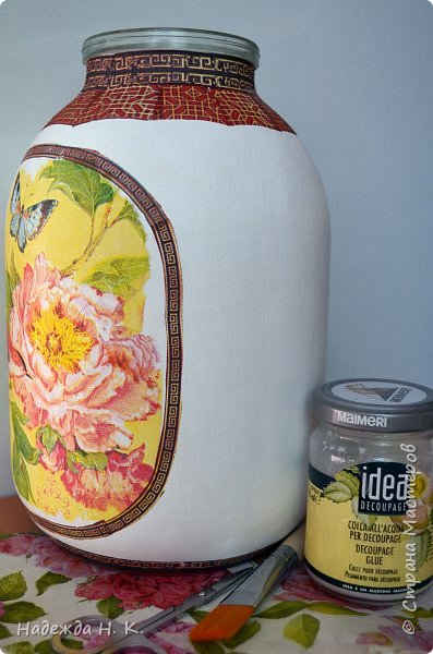 Как сделать из 3 литровой банки вазу своими руками 14