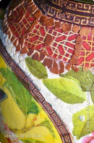 Декор предметов Мастер-класс Декупаж Кракелюр Китайская ваза из трехлитровой банки Банки стеклянные Краска Салфетки Скорлупа яичная фото 17