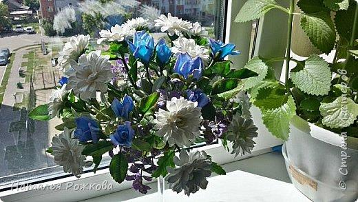 Мастер-класс Лепка Моя небольшая композиция хризантемы и розы А также мк по хризантемам и описание цвета синих роз проблема та еще  Фарфор холодный фото 4