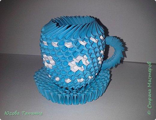 """Основу сервиза собирала по спирали (подробный способ сборки """"спираль"""" я описала в этом МК http://stranamasterov.ru/node/938113, а крышки, блюдце, ручки и ложку - в обычной технике модульного оригами. фото 50"""