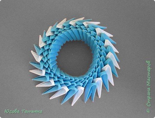 """Основу сервиза собирала по спирали (подробный способ сборки """"спираль"""" я описала в этом МК https://stranamasterov.ru/node/938113, а крышки, блюдце,  ручки и ложку - в обычной технике модульного оригами. фото 53"""