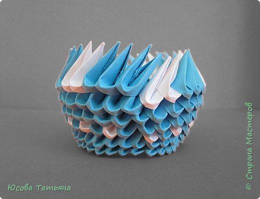 """Основу сервиза собирала по спирали (подробный способ сборки """"спираль"""" я описала в этом МК https://stranamasterov.ru/node/938113, а крышки, блюдце,  ручки и ложку - в обычной технике модульного оригами. фото 56"""