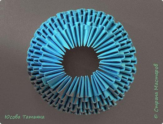 """Основу сервиза собирала по спирали (подробный способ сборки """"спираль"""" я описала в этом МК https://stranamasterov.ru/node/938113, а крышки, блюдце,  ручки и ложку - в обычной технике модульного оригами. фото 65"""