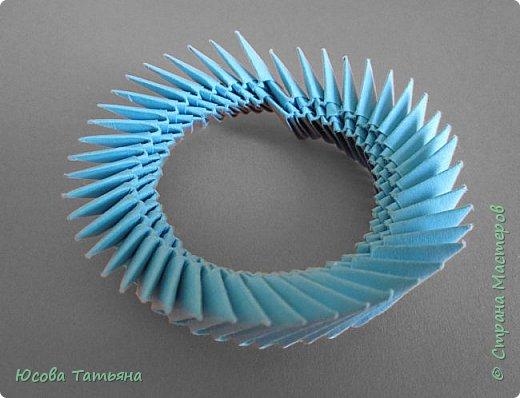 """Основу сервиза собирала по спирали (подробный способ сборки """"спираль"""" я описала в этом МК https://stranamasterov.ru/node/938113, а крышки, блюдце,  ручки и ложку - в обычной технике модульного оригами. фото 33"""