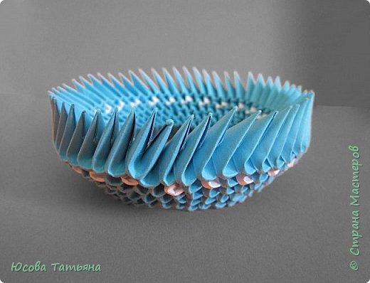 """Основу сервиза собирала по спирали (подробный способ сборки """"спираль"""" я описала в этом МК http://stranamasterov.ru/node/938113, а крышки, блюдце, ручки и ложку - в обычной технике модульного оригами. фото 36"""