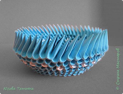 """Основу сервиза собирала по спирали (подробный способ сборки """"спираль"""" я описала в этом МК http://stranamasterov.ru/node/938113, а крышки, блюдце, ручки и ложку - в обычной технике модульного оригами. фото 37"""