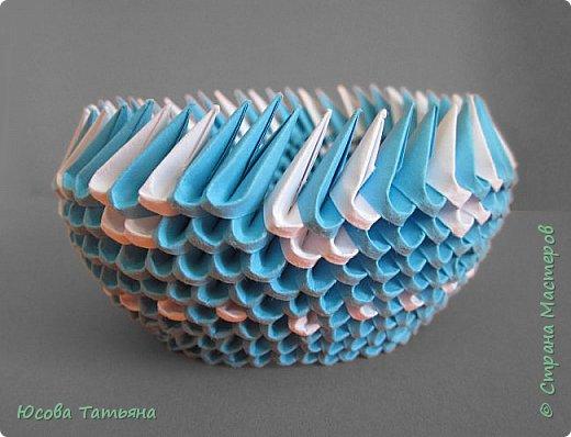 """Основу сервиза собирала по спирали (подробный способ сборки """"спираль"""" я описала в этом МК https://stranamasterov.ru/node/938113, а крышки, блюдце,  ручки и ложку - в обычной технике модульного оригами. фото 39"""