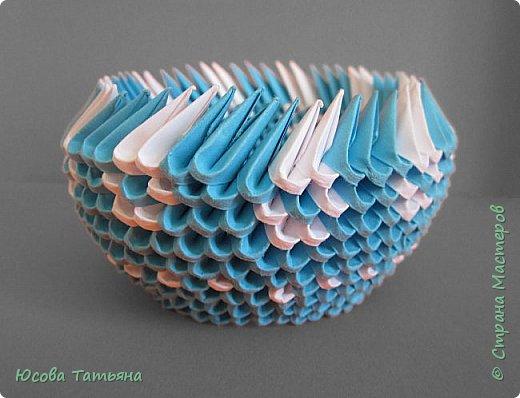 """Основу сервиза собирала по спирали (подробный способ сборки """"спираль"""" я описала в этом МК https://stranamasterov.ru/node/938113, а крышки, блюдце,  ручки и ложку - в обычной технике модульного оригами. фото 40"""