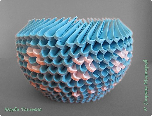 """Основу сервиза собирала по спирали (подробный способ сборки """"спираль"""" я описала в этом МК https://stranamasterov.ru/node/938113, а крышки, блюдце,  ручки и ложку - в обычной технике модульного оригами. фото 42"""