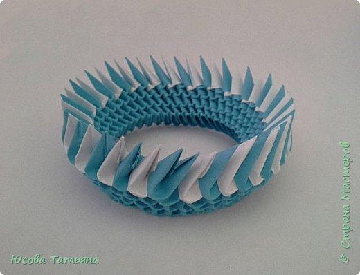 """Основу сервиза собирала по спирали (подробный способ сборки """"спираль"""" я описала в этом МК http://stranamasterov.ru/node/938113, а крышки, блюдце, ручки и ложку - в обычной технике модульного оригами. фото 8"""