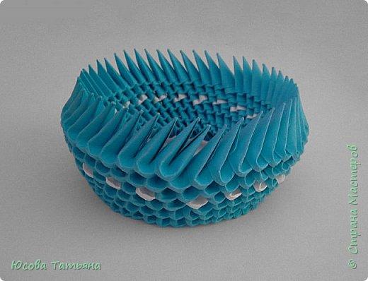 """Основу сервиза собирала по спирали (подробный способ сборки """"спираль"""" я описала в этом МК http://stranamasterov.ru/node/938113, а крышки, блюдце, ручки и ложку - в обычной технике модульного оригами. фото 10"""