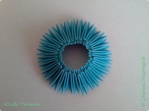 """Основу сервиза собирала по спирали (подробный способ сборки """"спираль"""" я описала в этом МК http://stranamasterov.ru/node/938113, а крышки, блюдце, ручки и ложку - в обычной технике модульного оригами. фото 21"""