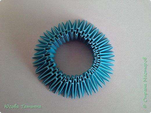 """Основу сервиза собирала по спирали (подробный способ сборки """"спираль"""" я описала в этом МК https://stranamasterov.ru/node/938113, а крышки, блюдце,  ручки и ложку - в обычной технике модульного оригами. фото 22"""