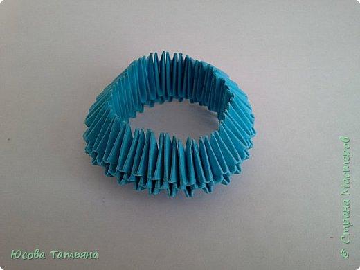 """Основу сервиза собирала по спирали (подробный способ сборки """"спираль"""" я описала в этом МК http://stranamasterov.ru/node/938113, а крышки, блюдце, ручки и ложку - в обычной технике модульного оригами. фото 23"""