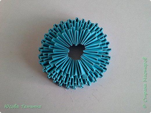 """Основу сервиза собирала по спирали (подробный способ сборки """"спираль"""" я описала в этом МК http://stranamasterov.ru/node/938113, а крышки, блюдце, ручки и ложку - в обычной технике модульного оригами. фото 26"""