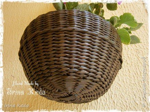 Мастер-класс Плетение Плетёное подвесное кашпо усовершенственное  Трубочки бумажные фото 18