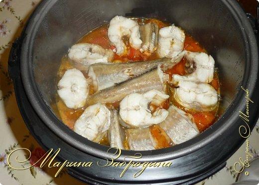 Всем привет! Сегодня расскажу как я готовлю вкусную рыбку. Нравится тем, что получается легкое блюдо, с овощами, готовится практически на пару. Легко, просто, быстро!