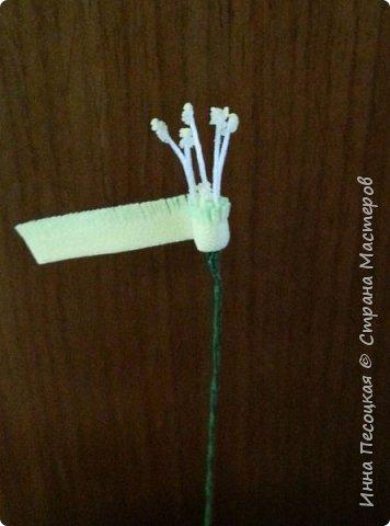 Лён - символ семьи, домашнего очага. Казалось бы обычный цветок, небольшого размера. Но когда он цветет, поле его голубых цветов называют «голубое небо». Мой МК посвящен изготовлению цветка льна из фоамирана.  фото 15