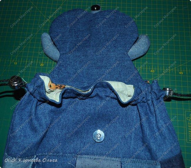 Здравствуйте. Сегодня расскажу и покажу, как я шила этот забавный джинсовый рюкзак в виде совы. Джинсовая ткань прочная, универсальная, не маркая, а забавная сова не оставит равнодушным ни взрослого, ни ребенка. фото 43