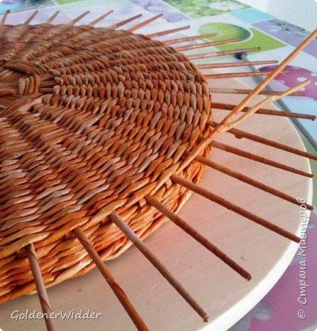 Мастер-класс Поделка изделие Плетение Внутренний бортик у крышки Трубочки бумажные фото 12