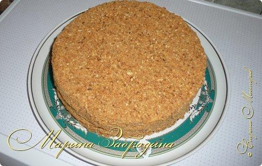 Доброго времени суток! В данном МК я представляю Вашему вниманию подробный пошаговый рецепт приготовления еще одного тортика! Именно по такому рецепту получается самый вкусный торт. А теперь засучите рукава  и вперед, к приготовлению! ))) На самом деле гораздо легче готовится, чем может показаться. Всего я затратила на приготовление около 2 часов.