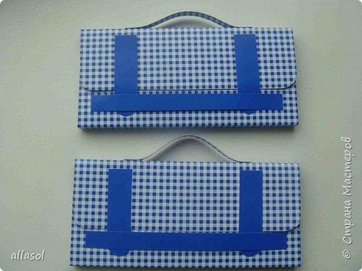 Аналогично кедам https://stranamasterov.ru/node/68108 , сделала вот такую пару ботиков для упаковки подарка. Именно разные они и были задуманы.  фото 5
