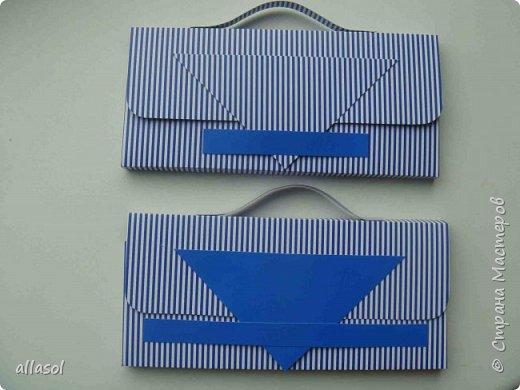Аналогично кедам https://stranamasterov.ru/node/68108 , сделала вот такую пару ботиков для упаковки подарка. Именно разные они и были задуманы.  фото 8