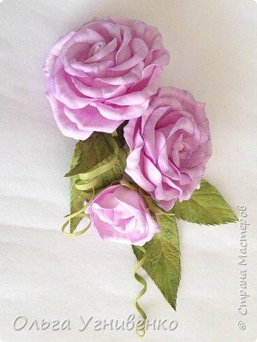 Приветствую всех жителей и гостей прекрасной СТРАНЫ МАСТЕРОВ!!  Предлагаю Вашему вниманию мой небольшой МК по изготовлению розы из фоамирана.  Изрезав не один лист фома, хочу поделиться своими особенностями работы с этим увлекательным материалом. фото 25