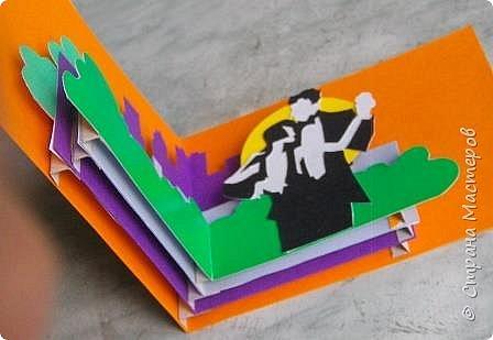 Сделал несколько объемных открыток, получились они у меня двойного назначения: если добавить соответствующую надпись, то можно дарить как на Пасху, так и на день рождения. Я вот только боюсь, что Евросоюз введет против меня санкции за открытки двойного назначения. фото 39