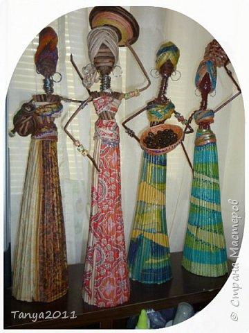 Когда увидела африканочек у нескольких мастериц -просто влюбилась в них. Пересмотрела много материала по их изготовлению. Представляю своих африканочек  с с некоторыми комментариями по изготовлению моего варианта.
