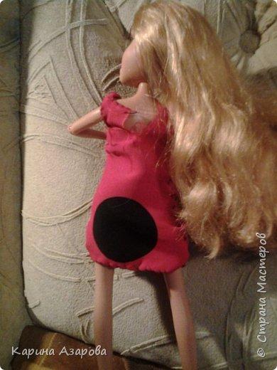 """Привет! Сегодня я сплела из резиночек крыс. И у меня есть платье которое я называю """"Божья коровка"""". фото 6"""