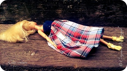 Всем привет!Я опять пропадала из-за подготовки к школе,последних дней лета,первой учебной недели.Сейчас я заболела и у меня появилось много времени.Буду стараться стабильно выкладывать историю,которую я почти дописала.Так же у меня в разработках ещё одна история,но это пока секрет.Я сшила платье и накидку со странным  капюшоном. фото 8