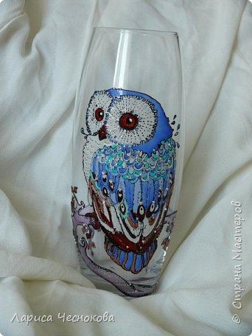 314302_p1360660 Вазы из стеклянных бутылок: декор, роспись и обрезка