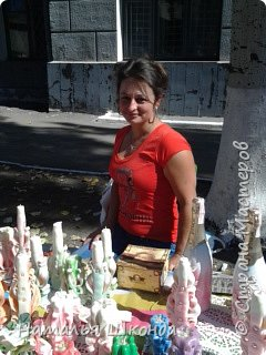 В городе Артёмовск, Донецкой обл. проходила ярмарка -выставка изделий ручной работы,где я принимала участие.На выставке были выставлены свечи резные, бутылки с декупажем, шкатулки. фото 3