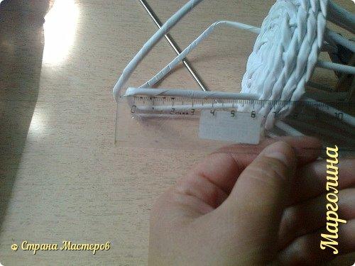 Кукольная жизнь Мастер-класс Поделка изделие Плетение Кукольная плетеная мебель выпуск первый Бумага Трубочки бумажные фото 18