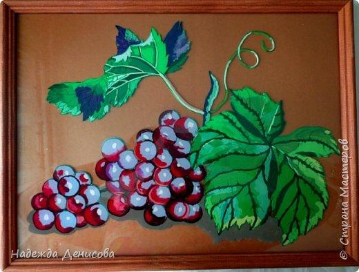Картина панно рисунок Мастер-класс Аппликация из пластилина + обратная Пластилиновый виноград Пластилин Стекло фото 1