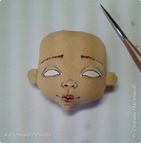 Здравствуйте! Вот собралась я с силами и сделала мастер-класс по созданию текстильной куклы. Надеюсь вам будет интересно. Материалы для работы: Ткань. Синтепух. Нитки. Краски акриловые. Кисть тонкая. фото 7