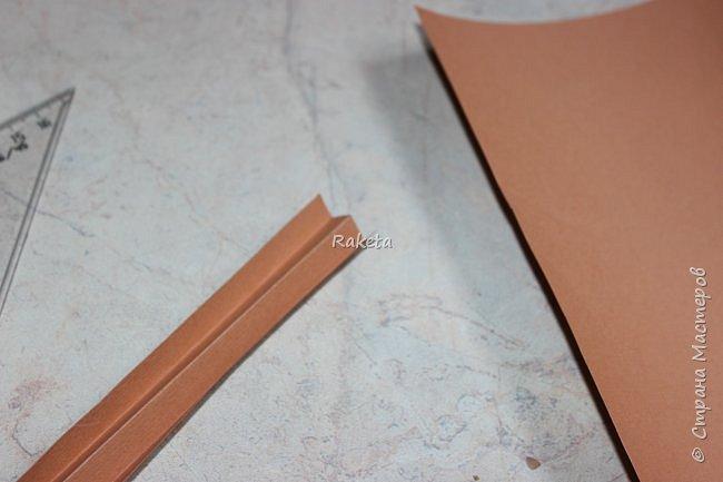 Мастер-класс Упаковка День учителя Начало учебного года Моделирование конструирование Сладкий портфель Бумага Клей Нитки фото 11