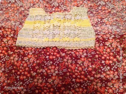 Здравствуй, страна! В подарок подружке из Страны Мастеров создалось платье для ее доченьки. Платье детское на 3 года,в работе использовались нитки хлопчатобумажные, ткань льняная. Вот что получилось в результате работы: фото 7