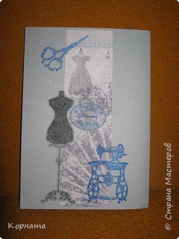 Всем доброго времени суток, дорогие друзья и мастера! Сегодня я с открыточками. Эту открыточку сделала в подарок Любаше(Любасик) , когда она была в Москве, хотелось что-то задорное, вот получилась такая пуговичная улыбашка. фото 23