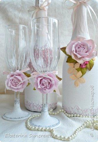 Оформление шампанского,фужеров,оберега и свечей для родителей в стиле Шебби шик.  фото 1