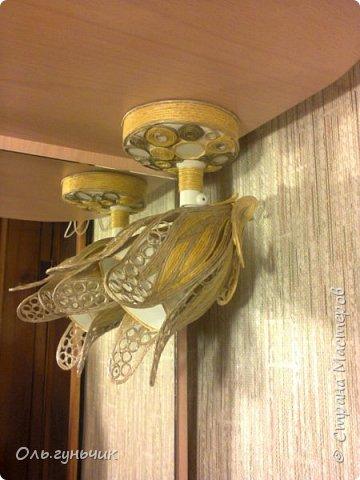 И вот светильник, который я сделала вместе с зеркалом. Филигранное зеркало вот тут:  https://stranamasterov.ru/node/963501 фото 2