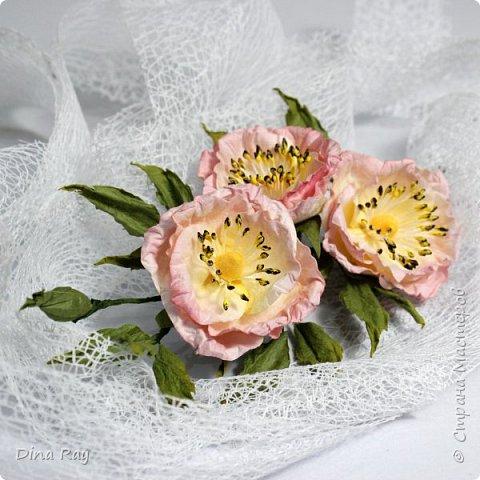 Видео Мастер-класс Флористика искусственная Бумагопластика Как сделать красивые цветы из бумаги Бумага Проволока фото 2